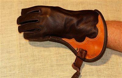Falkenhandschuh aus weichem Rinderleder