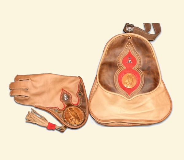 Paradeset – Tasche & Handschuh