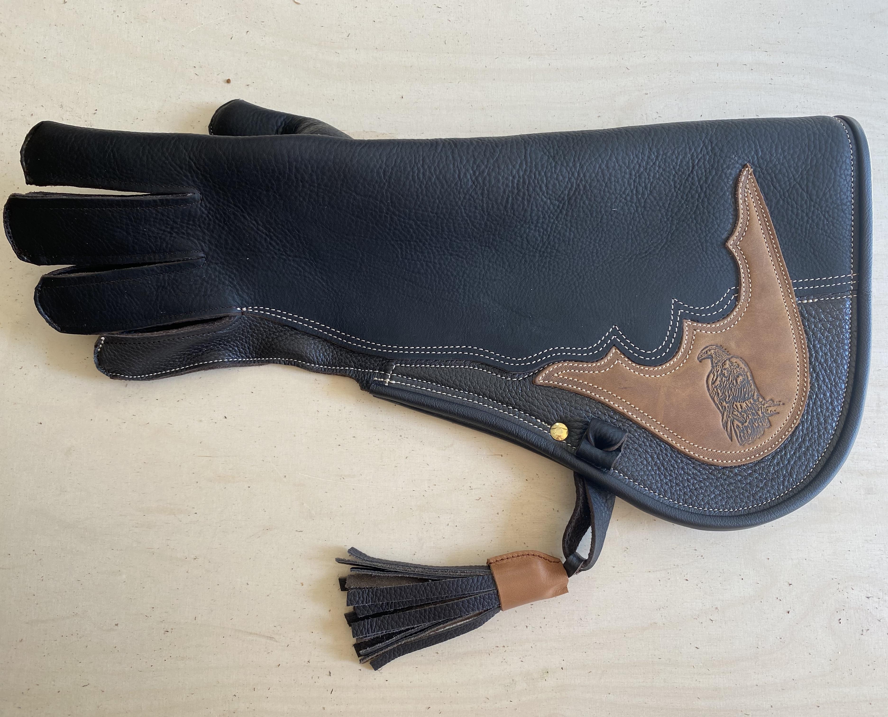 Adlerhandschuh mit durchgehendem Büffel-Fettleder Sattel